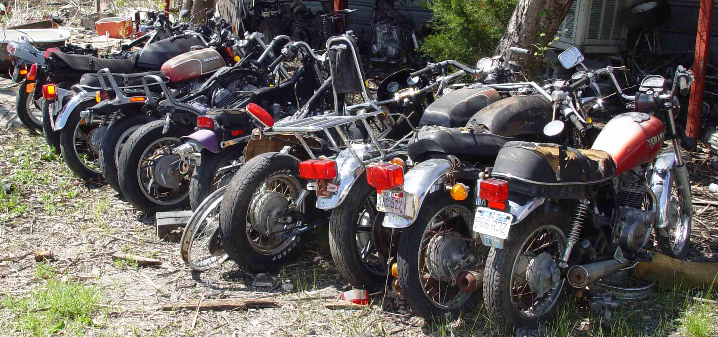 Live Motorcycle Salvage Yard Auction June 5 2004 Dallas