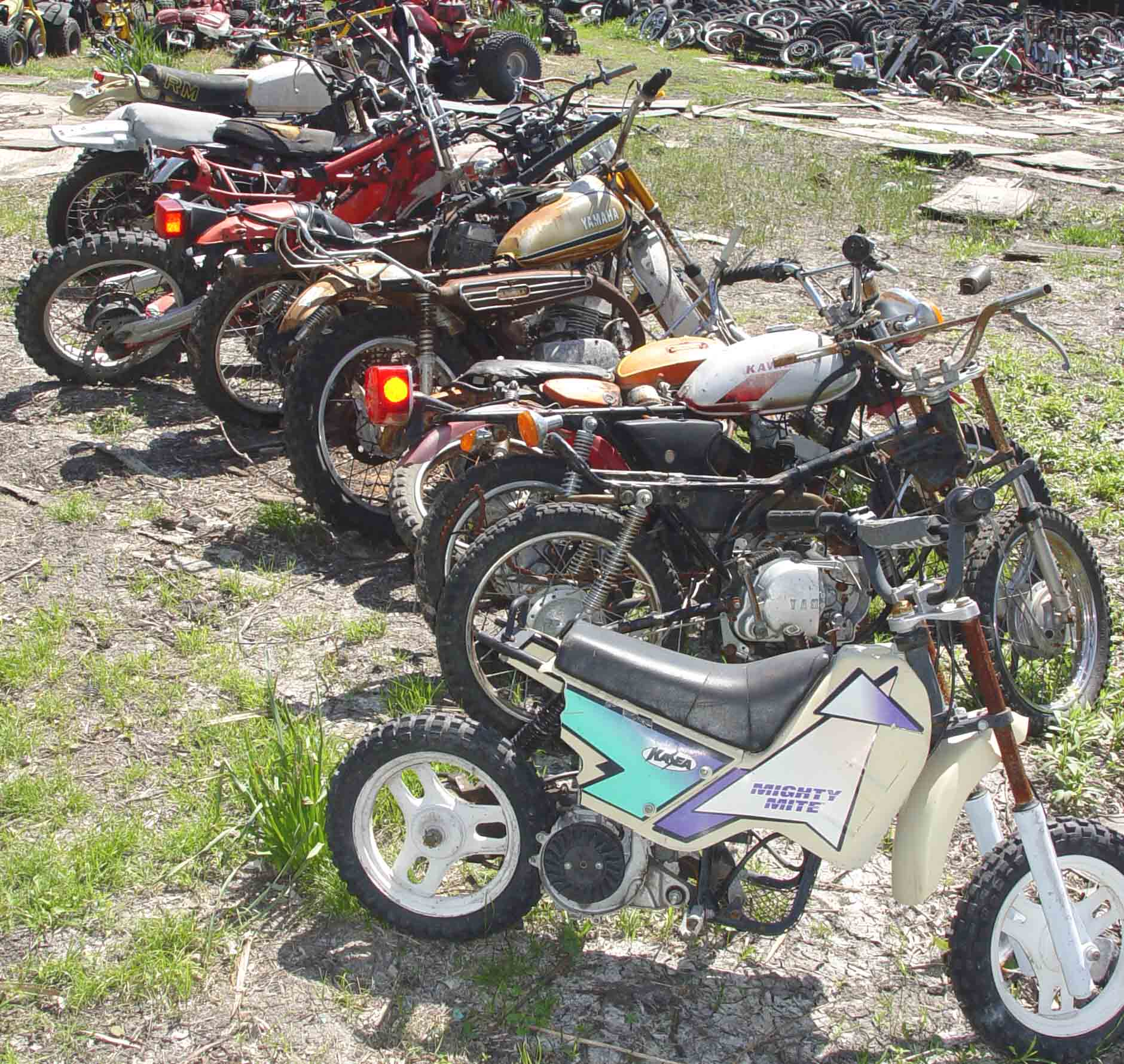 Live motorcycle salvage yard auction june 5 2004 dallas for Motor cycle junk yard